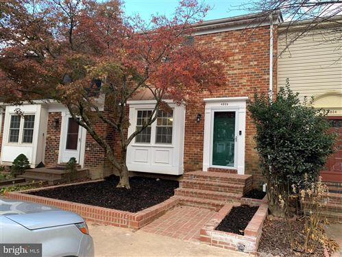 Photo of 4806 NASH DR, FAIRFAX, VA 22032 (MLS # VAFX1170202)