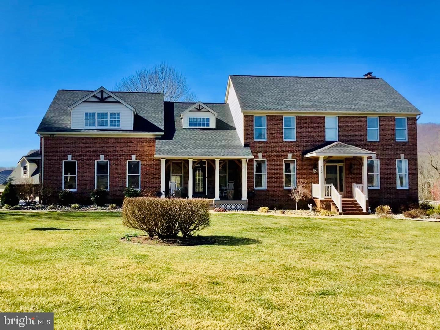 Photo of 3116 VALLEY VIEW CT, ROHRERSVILLE, MD 21779 (MLS # MDWA172202)