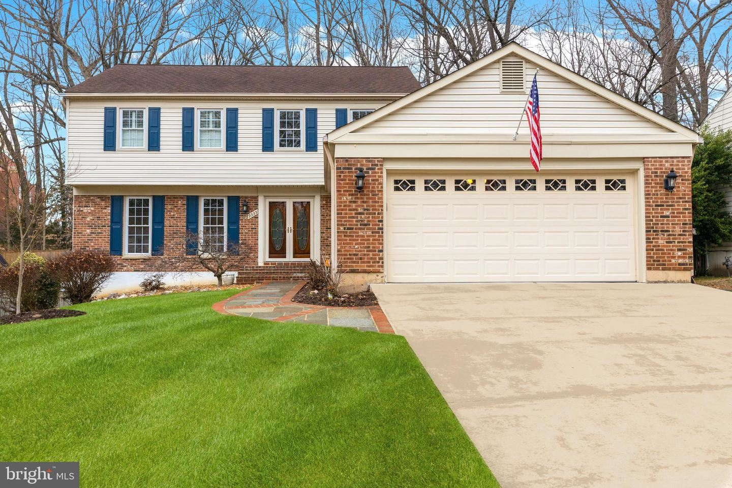 Photo of 9335 TOVITO DR, FAIRFAX, VA 22031 (MLS # VAFX1112202)