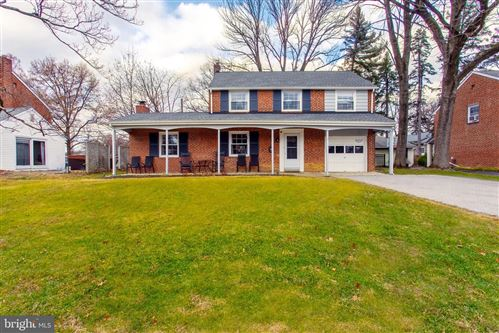 Photo of 34 MEETINGHOUSE LN, SPRINGFIELD, PA 19064 (MLS # PADE519204)