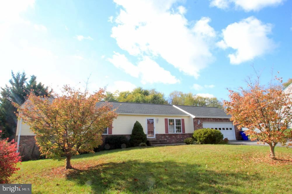 Photo of 3935 SOUTHVIEW CT, JEFFERSON, MD 21755 (MLS # MDFR273204)