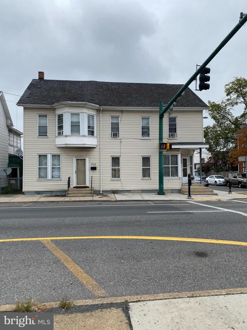 Photo of 700-702 FRANKLIN, HAGERSTOWN, MD 21740 (MLS # MDWA2000209)