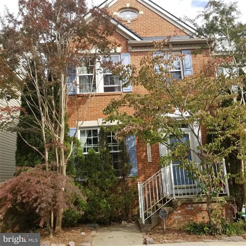 Photo of 18113 STAGS LEAP TER, GERMANTOWN, MD 20874 (MLS # MDMC730212)