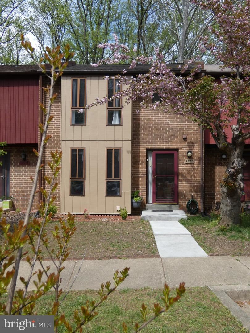 Photo of 7836 BRIARDALE TER, DERWOOD, MD 20855 (MLS # MDMC754212)