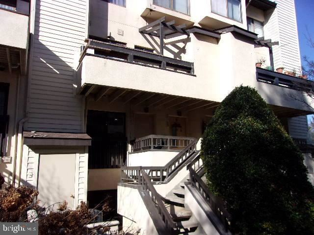 Photo for 9711 HELLINGLY PL #55, GAITHERSBURG, MD 20886 (MLS # MDMC745216)