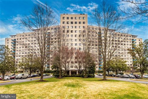 Photo of 10201 GROSVENOR PL #508, ROCKVILLE, MD 20852 (MLS # MDMC701224)