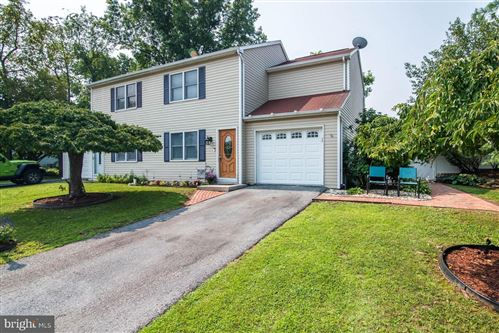 Photo of 190 BOXWOOD RD, MANCHESTER, PA 17345 (MLS # PAYK2002224)