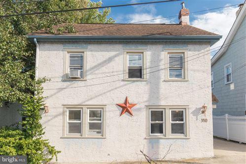 Photo of 340 SAINT MARYS ST, PHOENIXVILLE, PA 19460 (MLS # PACT2002226)