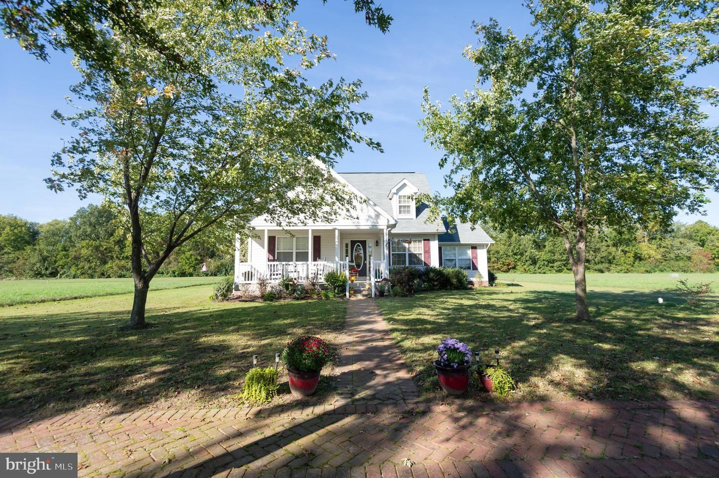 Photo for 10 BUCKLAND PKWY, EAST NEW MARKET, MD 21631 (MLS # MDDO126226)