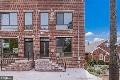 Photo of 619 DUPONT ST, PHILADELPHIA, PA 19128 (MLS # PAPH850230)