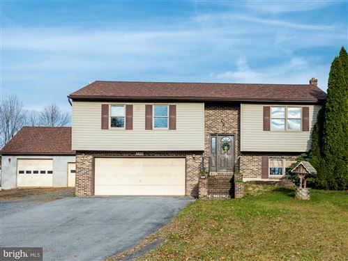Photo of 52 HICKORY LN, DENVER, PA 17517 (MLS # PALA143236)
