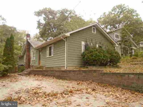 Photo of 622 JUMPERS HOLE RD, SEVERNA PARK, MD 21146 (MLS # MDAA416238)