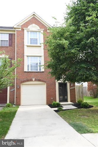 Photo of 10444 PROCERA DR, ROCKVILLE, MD 20850 (MLS # MDMC712238)