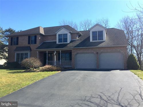 Photo of 72 STONERIDGE DR, EPHRATA, PA 17522 (MLS # PALA140238)