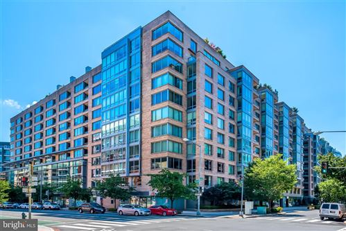 Photo of 1155 23RD ST NW #3L, WASHINGTON, DC 20037 (MLS # DCDC492240)