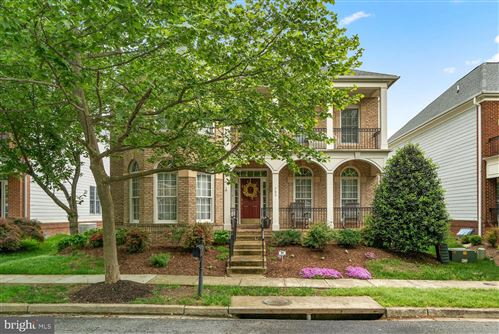 Photo of 705 PILOT HOUSE DR, ANNAPOLIS, MD 21401 (MLS # MDAA471242)
