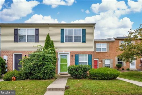 Photo of 561 COTSWOLD CT, FREDERICK, MD 21703 (MLS # MDFR271244)