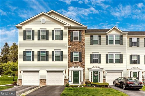 Photo of 515 TIFTON LN #515, COATESVILLE, PA 19320 (MLS # PACT534244)