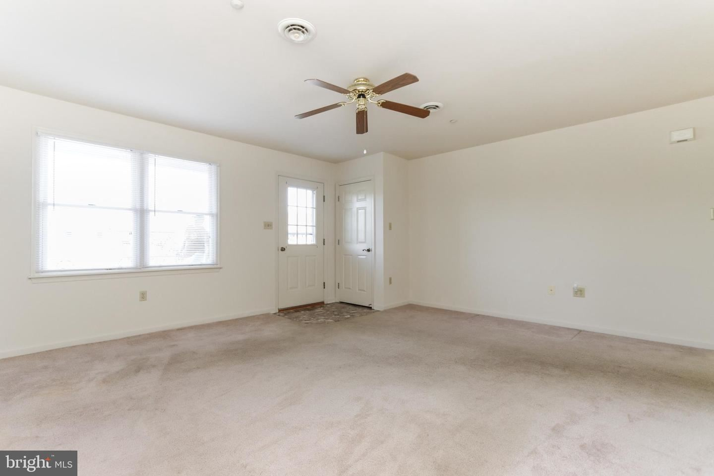 Photo of 147 BUTTERCUP DR, HAGERSTOWN, MD 21740 (MLS # MDWA2000245)