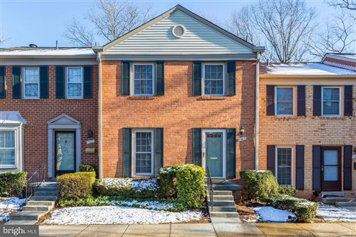 Photo of 11905 BARGATE CT, ROCKVILLE, MD 20852 (MLS # MDMC691250)