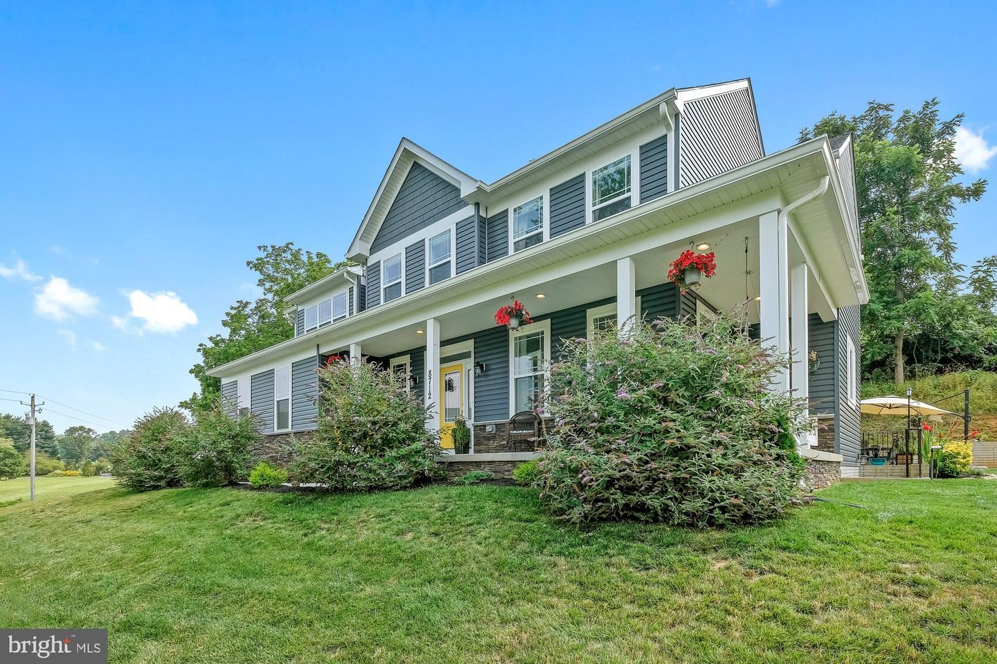 Photo of 8712 HOLLOW RD, MIDDLETOWN, MD 21769 (MLS # MDFR2002250)