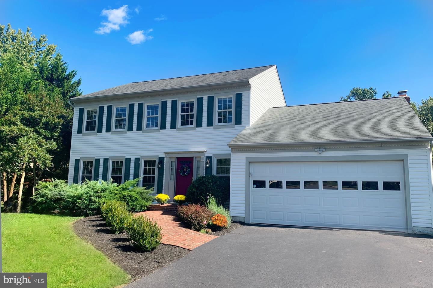 Photo of 3003 FLAT MEADOW CT, HERNDON, VA 20171 (MLS # VAFX1163250)