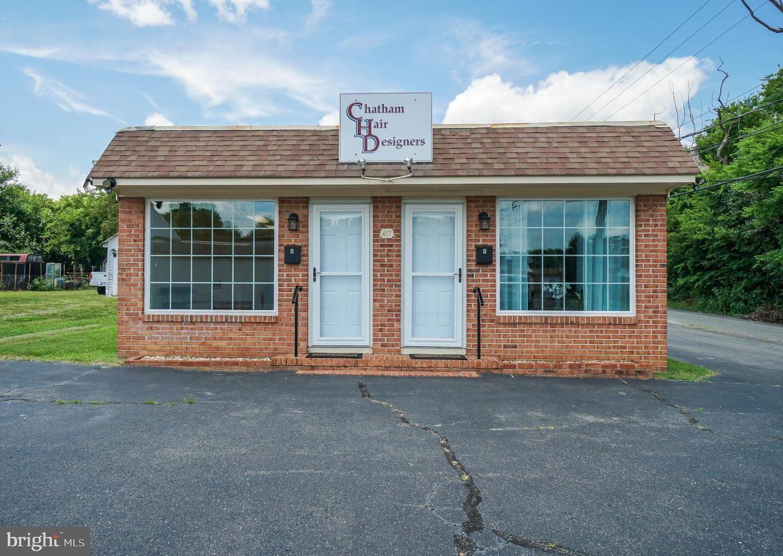 Photo of 417 PRATT ST, FREDERICKSBURG, VA 22405 (MLS # VAST2001250)
