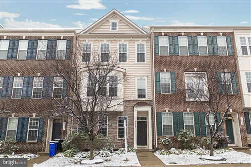 Photo of 9627 BOTHWELL LN, FREDERICK, MD 21704 (MLS # MDFR257252)