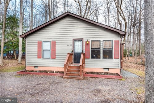 Photo of 2207 LAKEVIEW PKWY, LOCUST GROVE, VA 22508 (MLS # VAOR138252)
