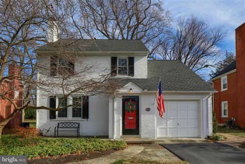 Photo of 834 FOUNTAIN AVE, LANCASTER, PA 17601 (MLS # PALA159256)