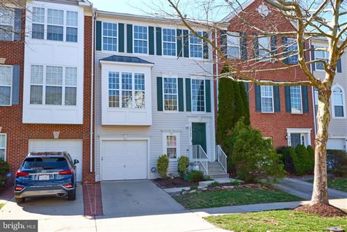 Photo of 26149 LANDS END DR, CHANTILLY, VA 20152 (MLS # VALO407258)