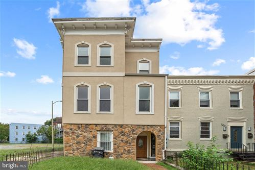Photo of 1633 VERMONT AVE NW, WASHINGTON, DC 20009 (MLS # DCDC486260)