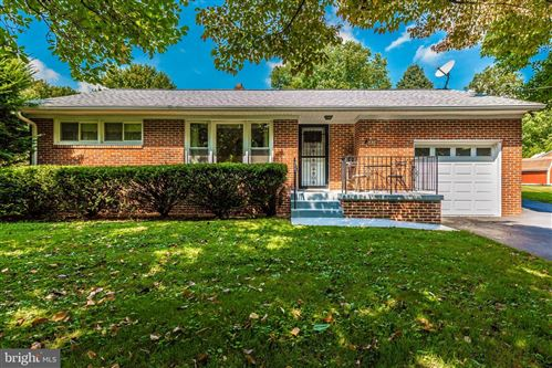 Photo of 6434 MOUNT PHILLIP RD, FREDERICK, MD 21703 (MLS # MDFR253264)