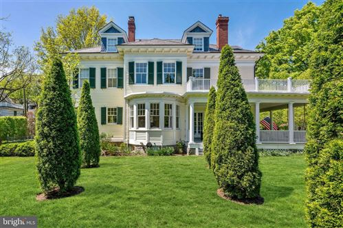 Photo of 10 E KIRKE ST, CHEVY CHASE, MD 20815 (MLS # MDMC758264)