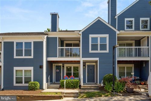 Photo of 5835 ORCHARD HILL LN, CLIFTON, VA 20124 (MLS # VAFX2002268)