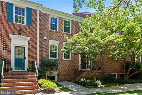 Photo of 5307 CROWN ST #22, BETHESDA, MD 20816 (MLS # MDMC718272)