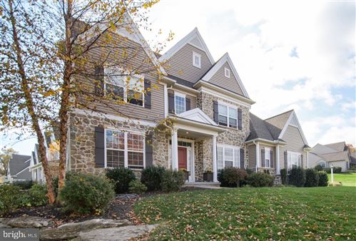Photo of 506 COUNTRY MEADOWS DR, LANCASTER, PA 17602 (MLS # PALA158272)