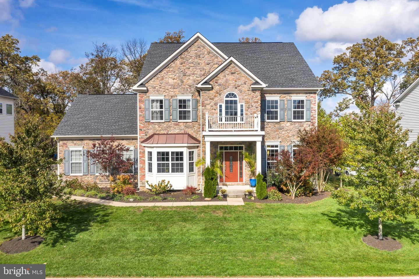 Photo of 41958 DEVONWOOD WAY, ASHBURN, VA 20148 (MLS # VALO425272)