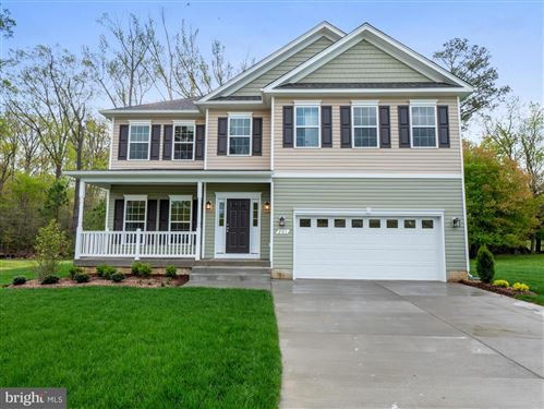 Photo of 201 LAURELWOOD CT, LA PLATA, MD 20646 (MLS # MDCH220274)