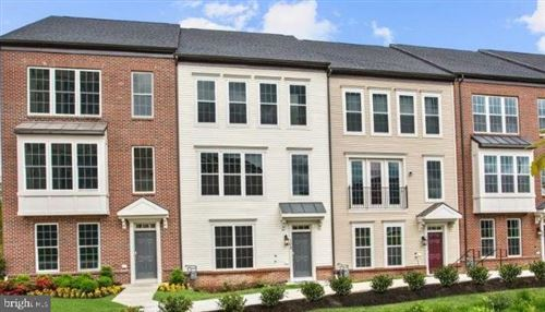 Photo of 161 KLEE ALY, SILVER SPRING, MD 20906 (MLS # MDMC726278)