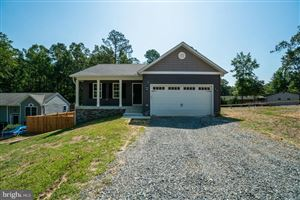 Photo of 812 LAKE CAROLINE DR, RUTHER GLEN, VA 22546 (MLS # VACV120278)