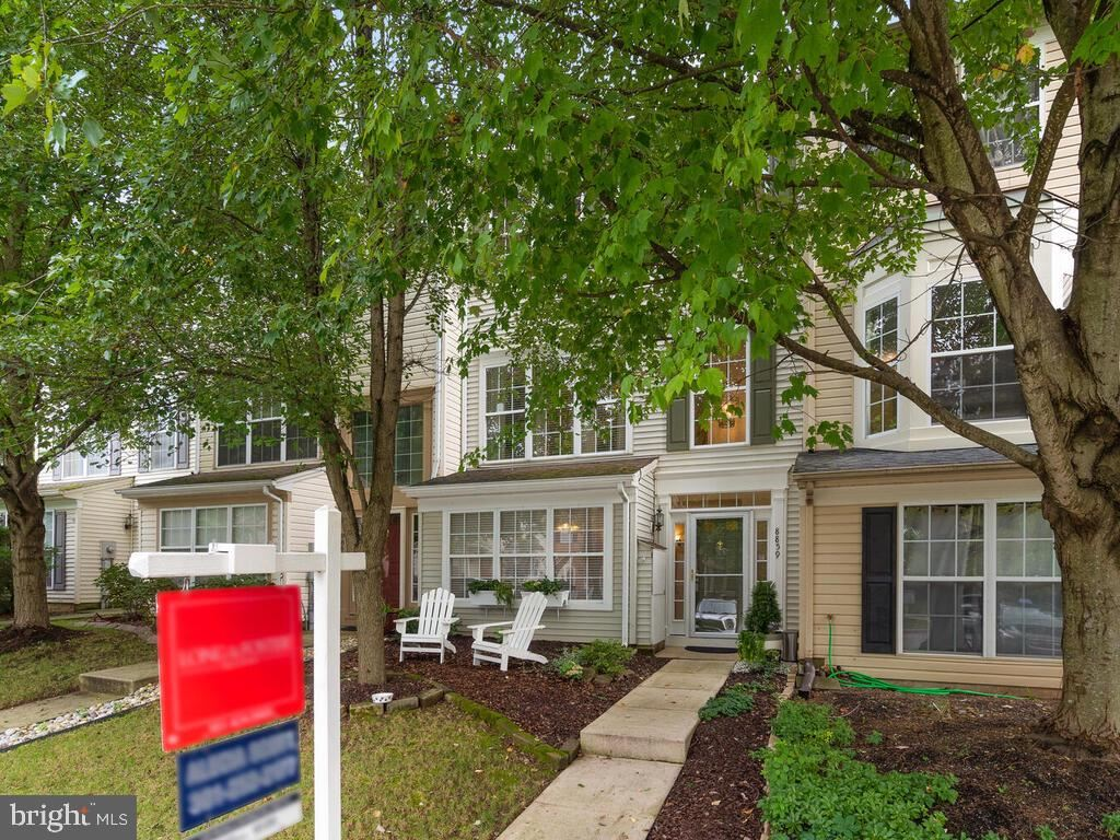 Photo of 8859 BRIARCLIFF LN, FREDERICK, MD 21701 (MLS # MDFR270280)