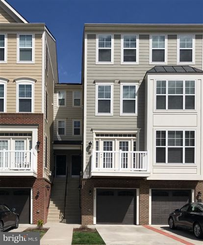 Photo of 43370 TOWN GATE SQ, CHANTILLY, VA 20152 (MLS # VALO404282)
