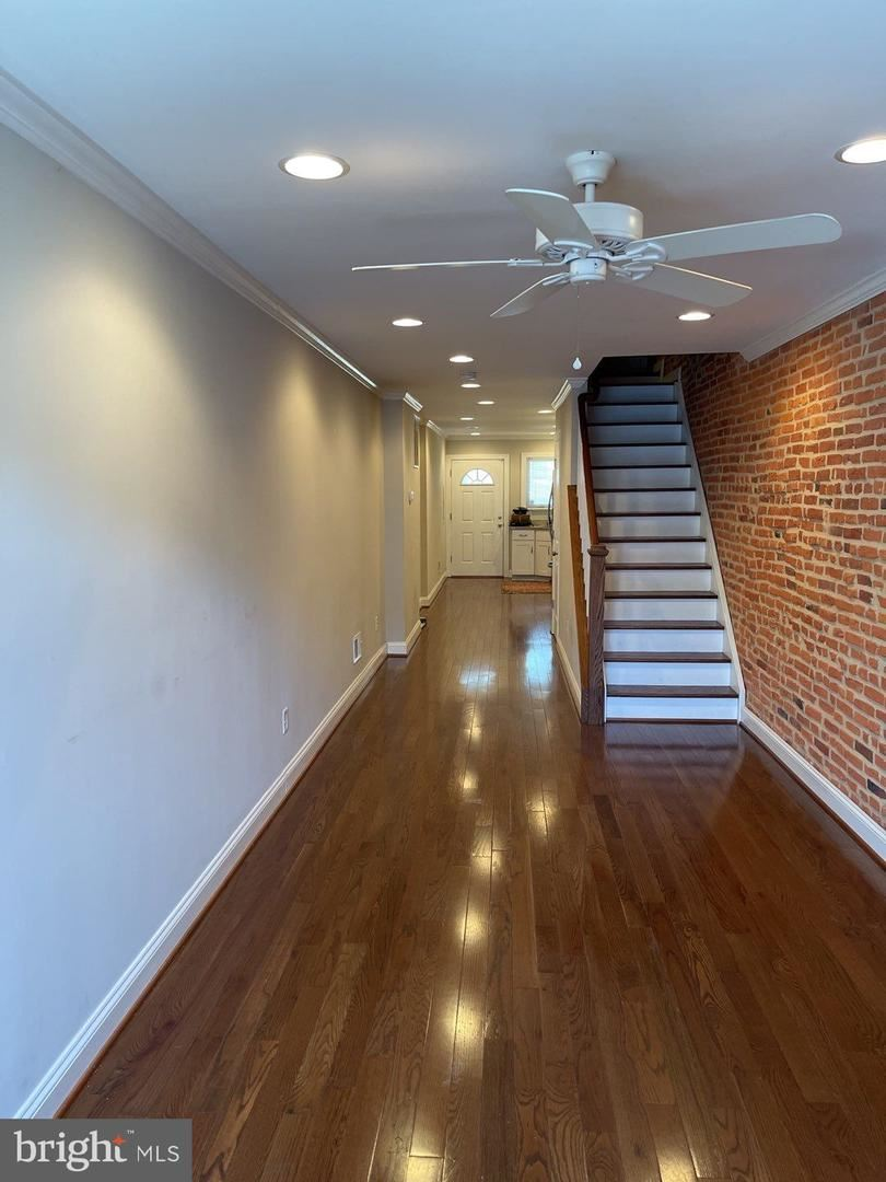 909 S CURLEY ST, Baltimore, MD 21224 - MLS#: MDBA544282