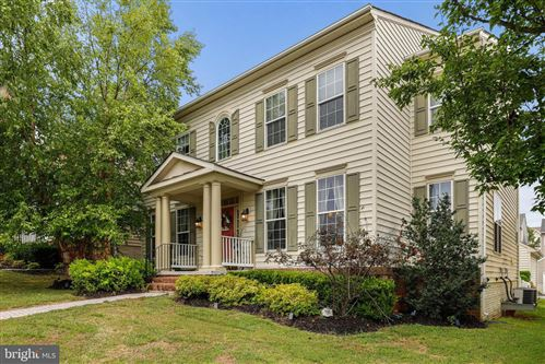 Photo of 23211 TALL POPLAR DR, CLARKSBURG, MD 20871 (MLS # MDMC718284)