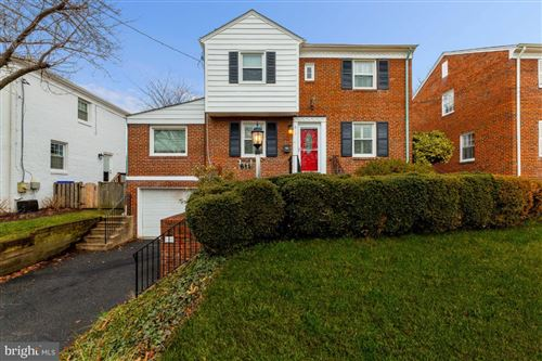 Photo of 611 FOREST GLEN RD, SILVER SPRING, MD 20901 (MLS # MDMC740284)