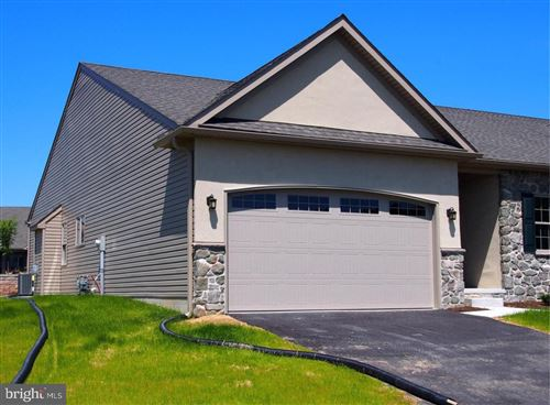 Photo of 4 CHAS DR, ELIZABETHTOWN, PA 17022 (MLS # 1000790287)