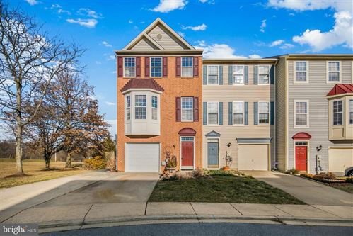 Photo of 903 TURNING POINT CT, FREDERICK, MD 21701 (MLS # MDFR276288)