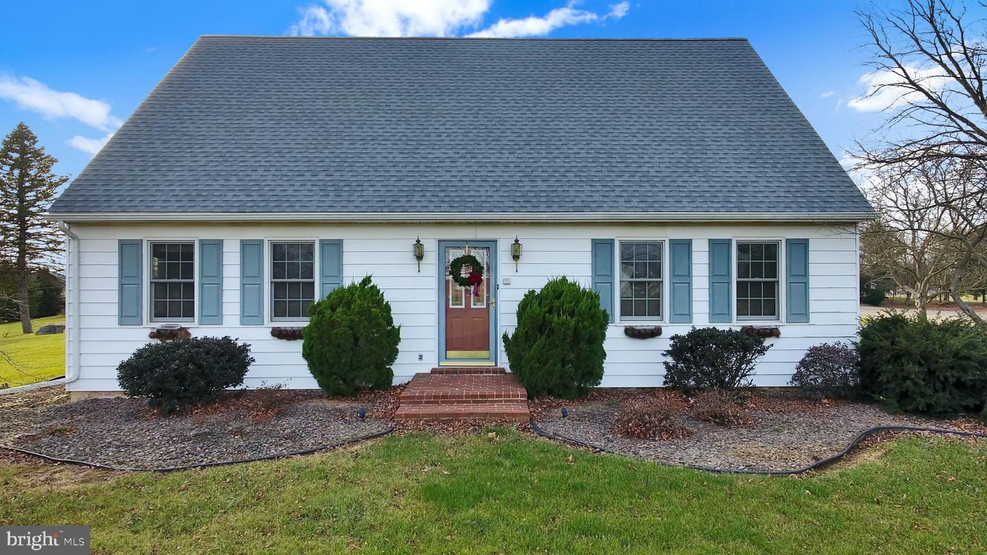 Photo of 137 STATE RD, MECHANICSBURG, PA 17050 (MLS # PACB131288)