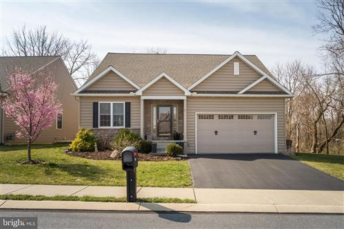 Photo of 171 WAYPOINT DR, LANCASTER, PA 17603 (MLS # PALA161290)